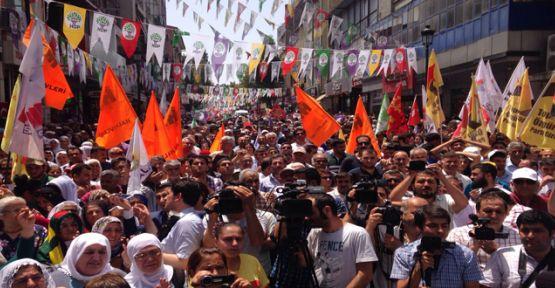 HDP'ye bombalı saldırılar Adana'da protesto edildi