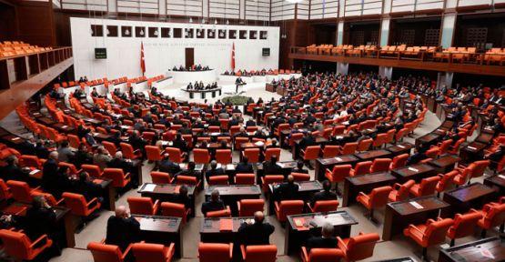 İç güvenlik paketi 16.5 saatlik mesainin ardından yasalaştı