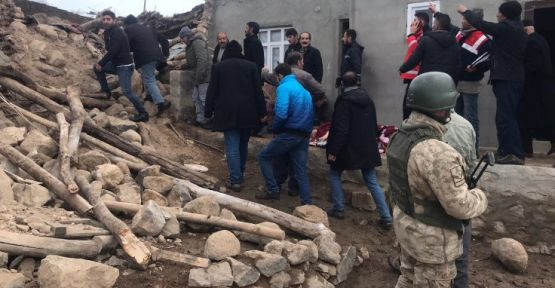 İran'da 5,8'lik deprem, Van'da yıkım: 8 ölü