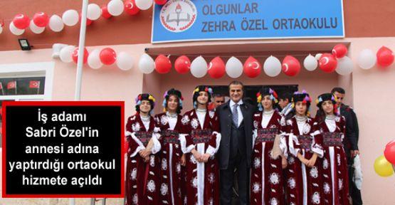 İş adamı Sabri Özel'in annesi adına yaptırdığı ortaokul hizmete açıldı