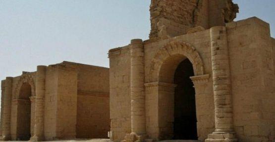 IŞİD Hatra antik kentine de saldırdı