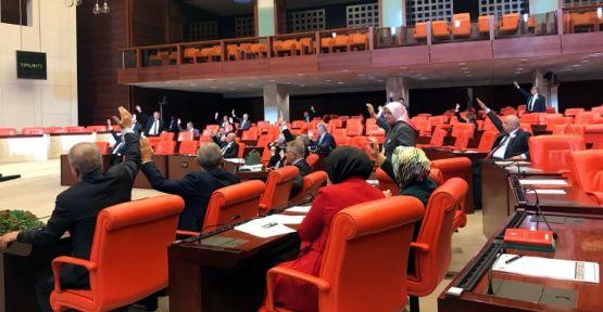 İsrail'le anlaşmalarının iptali önergesi AK Parti oylarıyla reddedildi