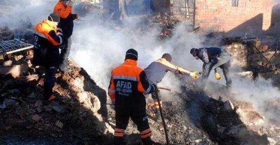 Kastamonu'da aynı aileden 4 kişinin cesedi hayvan hırsızlarının yaktığı evde bulundu