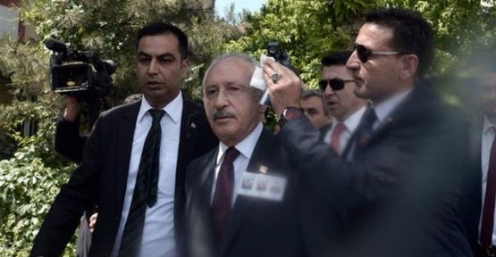 Kılıçdaroğlu'na yumurta atan kişi gözaltına alındı