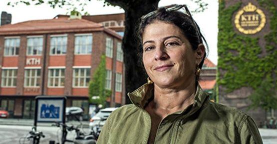 Kürt kadın gazeteciye ödül