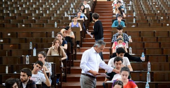 Liderlerden YKS tepkisi: Gençlerimizin hayallerini çalmayın