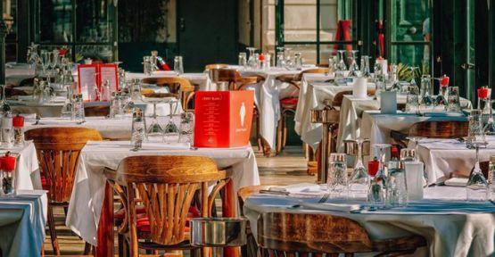 Lokanta, restoran ve kafelerde çalışma saatleri kısıtlaması kaldırıldı