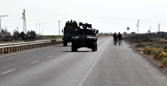 Mardin'de polis aracı devrildi: 1 polis hayatını kaybetti