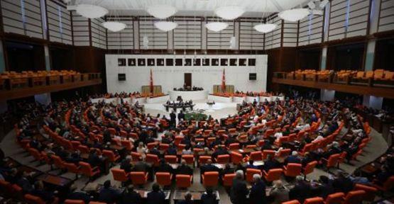Meclis'te son iki yılda verilen 2 bin 200'den fazla tekliften yalnızca 75'i kanunlaştı