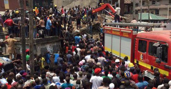 Nijerya'da bina çöktü: 100 çocuk enkaz altında