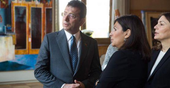 Paris Belediye Başkanı'ndan İmamoğlu'na Türkçe karşılama