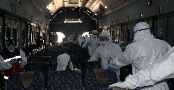 Sağlık Bakanı Koca: Çin'den getirilenlerde virüs yok