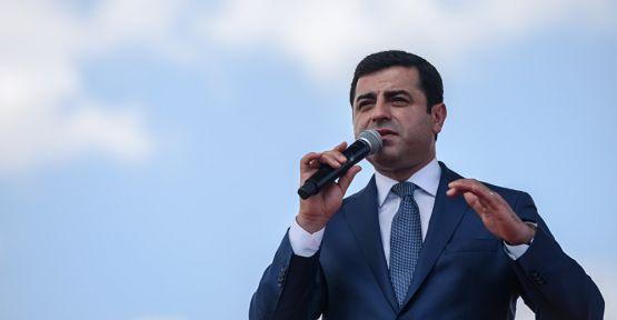 Selahattin Demirtaş: Cemaat bize saldırdıkça AKP alkışladı
