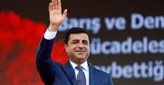 Selahattin Demirtaş'a 'Siyasi Cesaret' ödülü