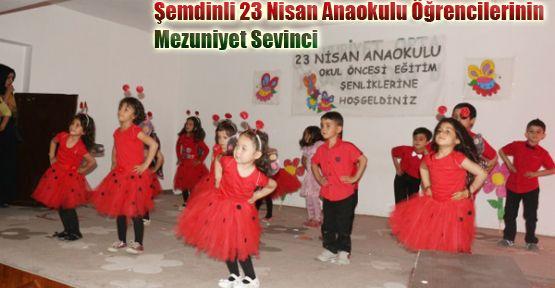 Şemdinli 23 Nisan Anaokulu Öğrencilerinin  Mezuniyet Sevinci