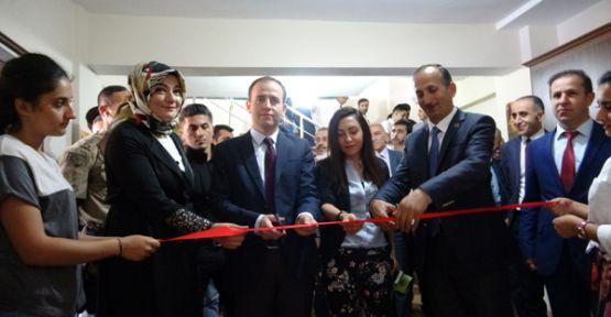 Şemdinli Belediyesi bünyesinde 'Eğitim Birimi' açıldı