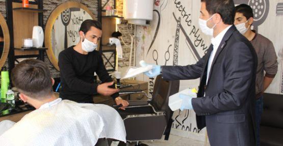 Şemdinli'de berber, kuaför ve güzellik salonları açıldı