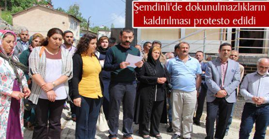 Şemdinli'de dokunulmazlıkların kaldırılması protesto edildi