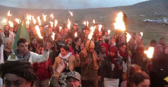 Şengal'de Newroz kutlandı