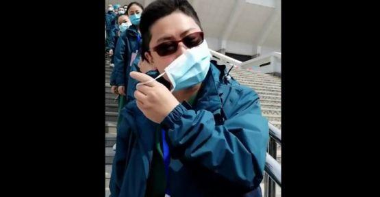 Son hastane kapatıldı, Wuhanlı doktorlar maske attı