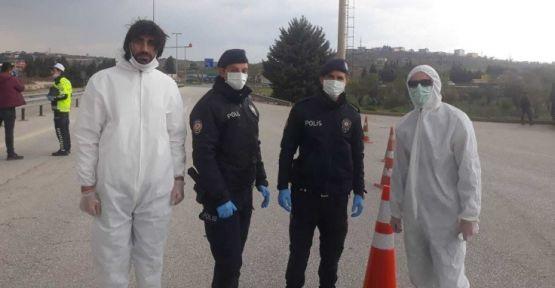Suriyeli doktorlar korona mücadelesine katıldı