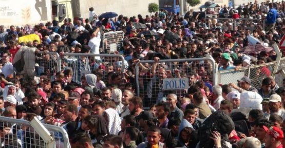 Suriye'ye geçenlerin sayısı 40 bini buldu
