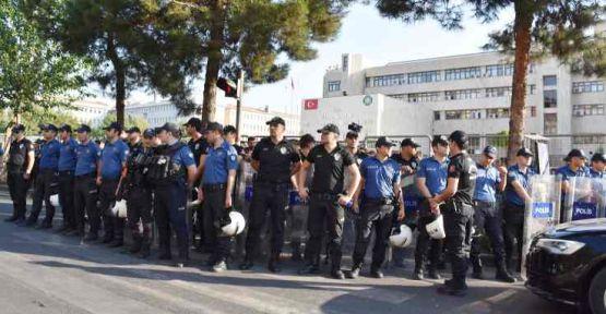 Taşgetiren: Yeniden 1991 atmosferine girdi Türkiye