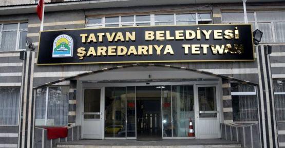 Tatvan Belediyesi de Kürtçe tabelayı kaldırdı