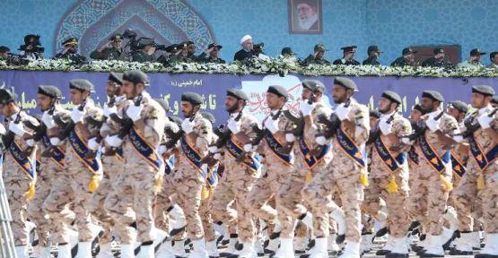 The Guardian: İran'da rejim değişikliği çok tehlikeli