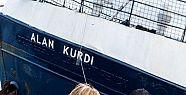 Akdeniz'de sığınmacıları kurtaran gemiye...