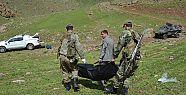 İran sınırında 2 erkek cenazesi bulundu