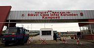 İstanbul'daki cezaevlerinde operasyon