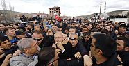 Kemal Kılıçdaroğlu'na asker cenazesinde...