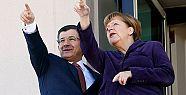 Merkel'in Türkiye ile anlaşması AB'yi...