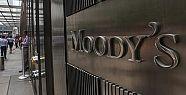 Moody's'den Türkiye'deki bankalara kredi...