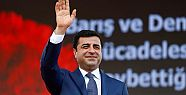 Selahattin Demirtaş'a 'Siyasi Cesaret'...