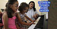 Şemdinli'de miniklerin piyano heyecanı...
