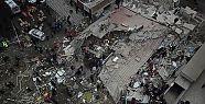 Valilik: Çöken binada 2 kişi hayatını...