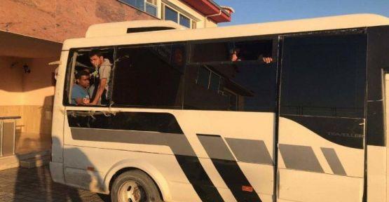 Van'da bir otobüste 65 mülteci