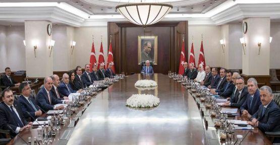 Yeni kabine Erdoğansız toplandı