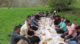 Şemdinli Lisesi 2002 Mezunları Piknik