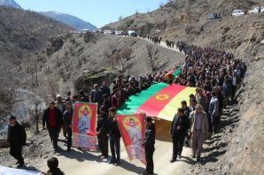 YPG'li Nejat Çelik Şemdinli'de toprağa verildi