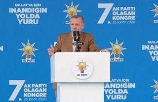 Erdoğan'dan ABD'ye: Sen kiminle dans ettiğinin...