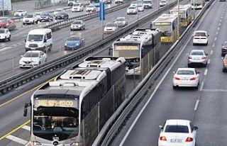 İstanbul'da toplu ulaşım yarın 8 saat ücretsiz