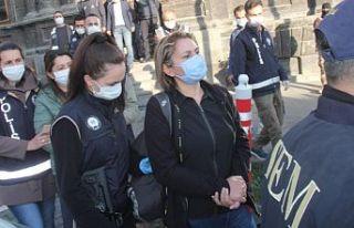 Kars'ta HDP'li belediye yöneticileri gözaltına...