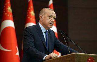 Erdoğan kongrede açıkladı: Tüm kongreleri erteliyoruz