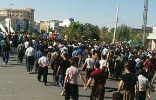 İran'da Kürtlere operasyon: En az 66 kişiden...