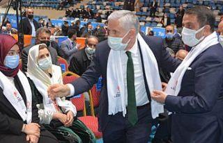 Abdulmuttalip Özbek: Tüm Hakkari halkının hizmetinde...