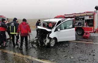 Van - Hakkari yolunda kaza: 3 kişi yaşamını yitirdi,...
