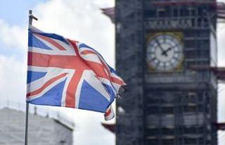 İngiltere, Türkiye'yi karantina uygulanan 'kırmızı...